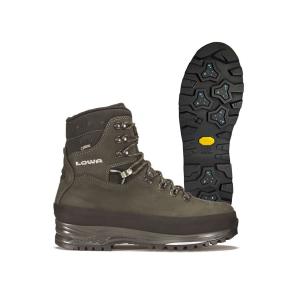 Progettata specificamente per un utilizzo invernale, questa robusta calzatura è l'ideale per mantenere il piede caldo e asciutto