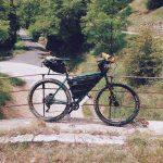 Bici in perfetto stile bikepacking. Borse Rusjan