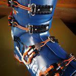 Dettaglio dei ganci dello scarpone Nordica Strider Pro 130 Dyn