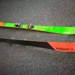 Dettaglio del fianco e della soletta dello sci Elan Rip Stick 96