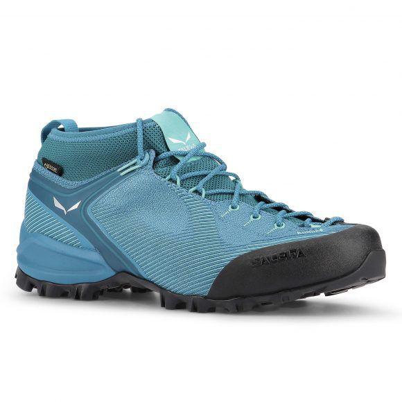 Veduta laterale della scarpa Salewa Alpenviolet GTX colorazione blue fog