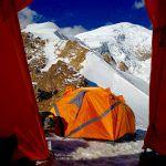 Dietro la tenda Cima Sud dell'Illimani