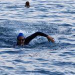 Cecilia Canneva durante il test della muta Aquaskin Full Suit di Aqua Sphere.