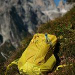 Salewa MTN Trainer 25 con Dolomiti di brenta sullo sfondo