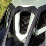 Uvex Quatro Integrale, casco da mountain bike, particolare della rete interna anti intrusione insetti
