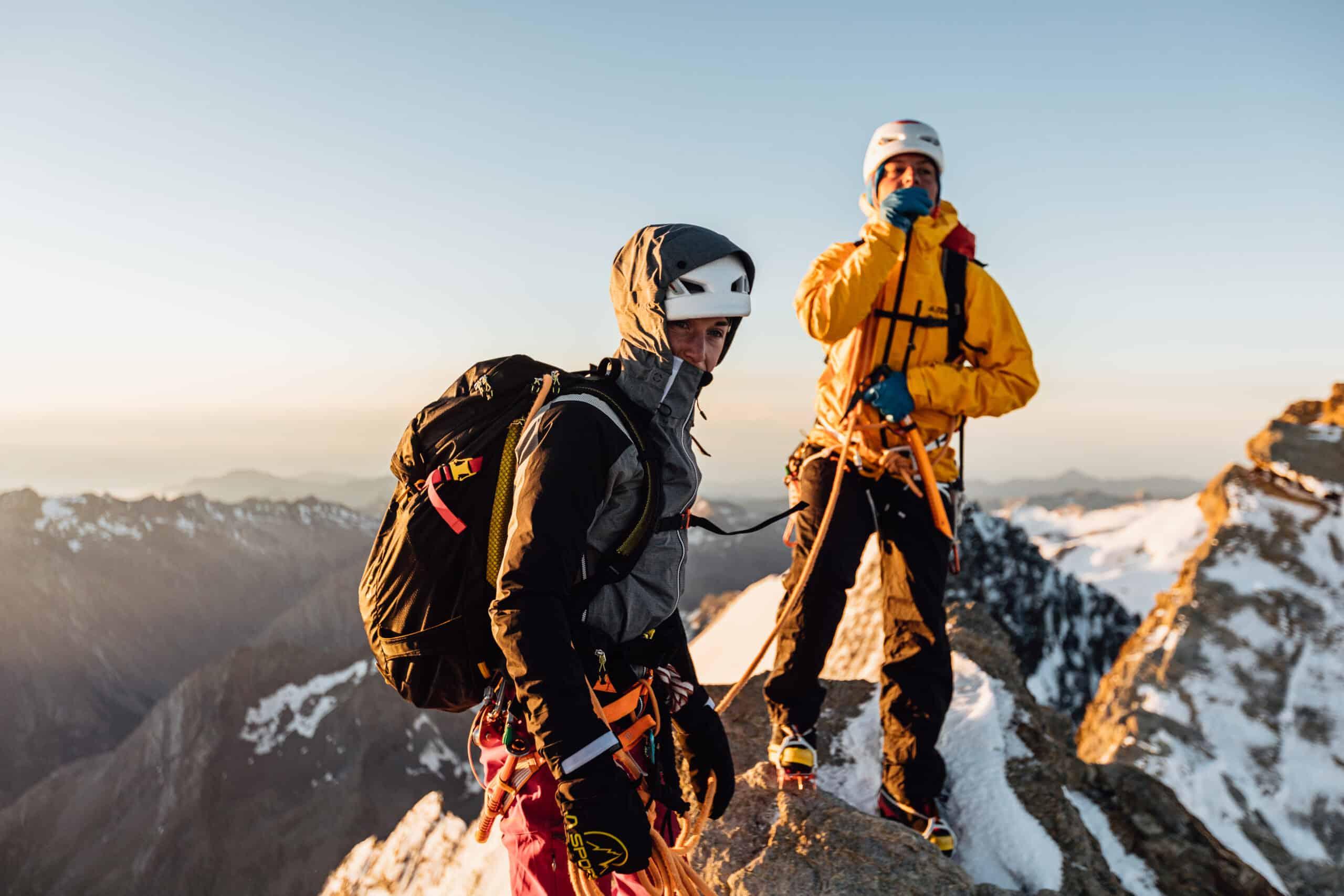 Aequilibrium Series: l'alpinismo light & fast by La Sportiva - action